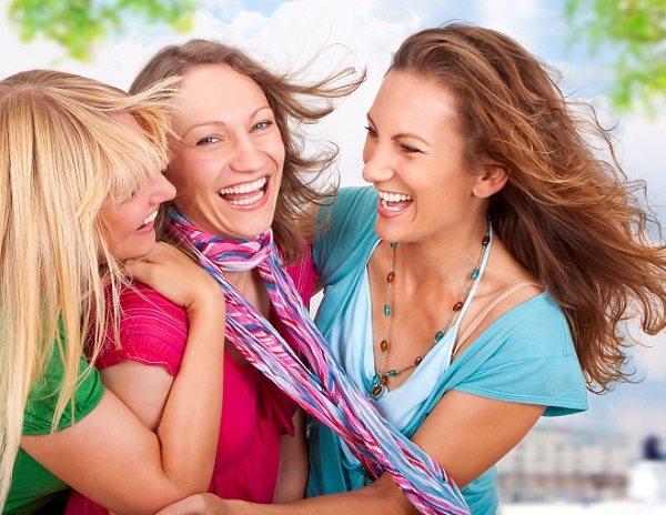 Rir protege o coração e abaixa a pressão