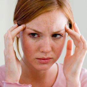 Como fugir da dor de cabeça matinal provocada pelo estômago