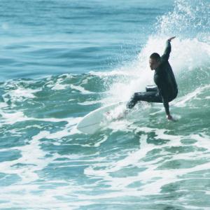 15 dicas para começar a surfar