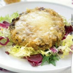 Receita: Hambúrguer de quinoa, cogumelo e queijo