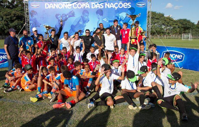 Vila Belmiro vai sediar os jogos da grande final nacional da Danone Copa das Nações 2015