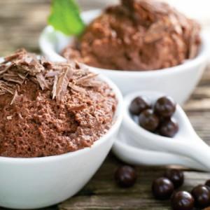 Receita: Musse proteica de chocolate com abacate