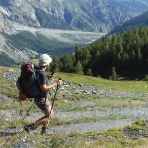 O posicionamento certo para fazer caminhada em trilhas