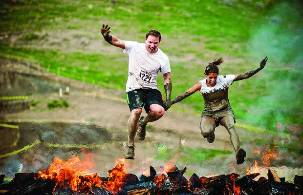Corrida de obstáculos: veja treinos que melhoram seu condicionamento