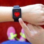 relógio de frequência mostrando coração