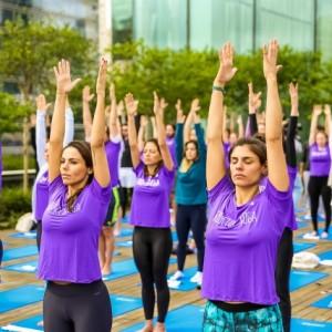 Rooftop Yoga chega em sua segunda edição em São Paulo