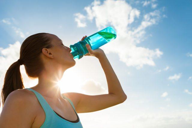 Dicas para tomar água na quantidade necessária diariamente