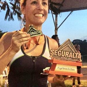 Mulheres na ultra: Karina Bozoli superou o câncer com o esporte