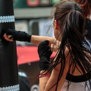 Como a endorfina liberada durante o exercício pode ajudar a combater o estresse